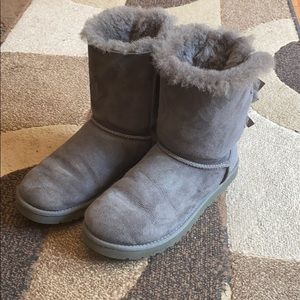 UGG Bailey Bow Gray Boots